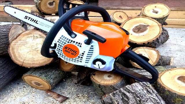 safety features on a chainsaw